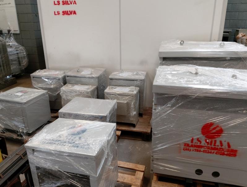 Fabricante de Isolador de Energía Fotovoltaico 3kva Consolação - Isolador de Energía Fotovoltaico 3kva