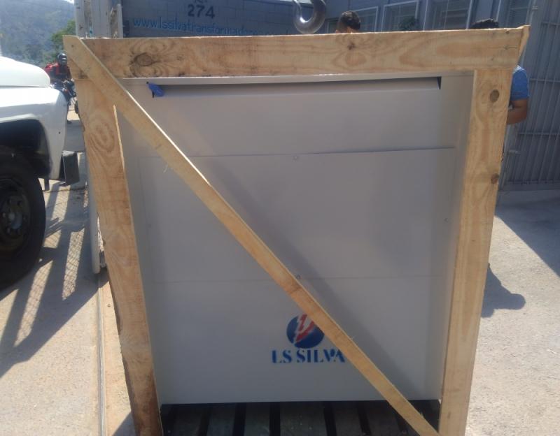 Isoladores de Energía Fotovoltaico 1000kva Montes Claros - Isolador de Energia Fotovoltaico