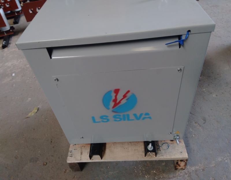Quanto Custa Isolador Energia Fotovoltaico 3kva Uberlândia - Isolador Energia Fotovoltaico
